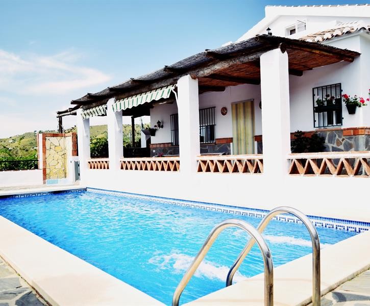 Heat your home on the costa blanca with renewable and low carbon technologies